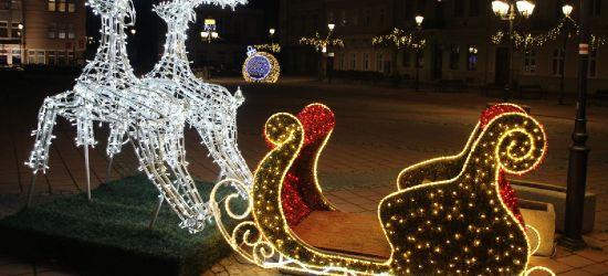 Sanok stroi się na święta Bożego Narodzenia (ZDJĘCIA)