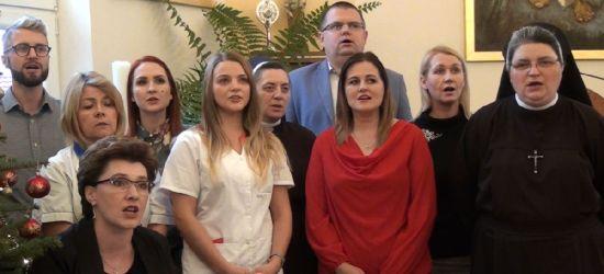 """KOLĘDOWANIE Z ESANOK.PL: Pracownicy Caritas """"zaśpiewali sercem"""" (VIDEO)"""