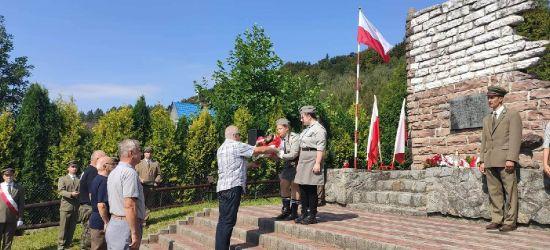 BYKOWCE: Upamiętnili zmarłych żołnierzy (ZDJĘCIA)