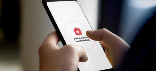 """KORONAWIRUS: Aplikacja """"Kwarantanna domowa"""" – najpierw SMS, później aktywacja"""