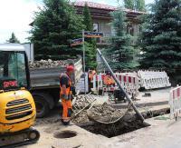Remontują Głowackiego. Trwa wymiana wysłużonych chodników i sieci wodociągowej. Będzie też nowa nawierzchnia (ZDJĘCIA)