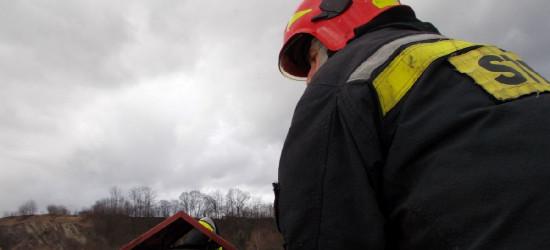 KRONIKA STRAŻACKA: Pożar składu opon, płonące samochody i zabójczy czad