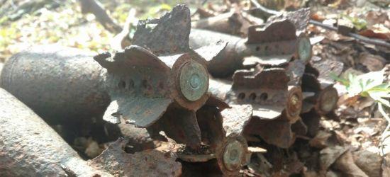 BIESZCZADY: Znaleziono 50 granatów moździerzowych z II wojny światowej (ZDJĘCIA)