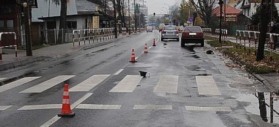 Znów groźnie na ul. Lipińskiego w Sanoku. By uniknąć potrącenia wjechał w barierki
