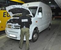 STRAŻ GRANICZNA: Zatrzymano 7 kradzionych pojazdów o łącznej wartości 260 tys. zł (ZDJĘCIA)
