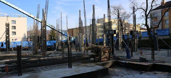 UP SANOK: Powstają kolejne elementy budynku (ZDJĘCIA)