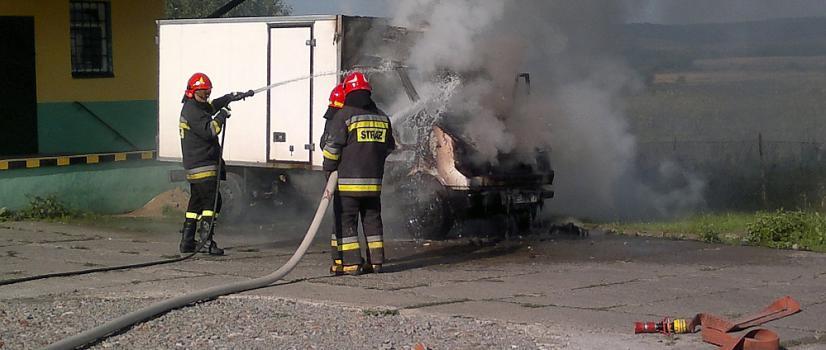 UWAGA: Wypadek między Pakoszówką a Grabownicą. Jedna osoba w szpitalu (ZDJĘCIA)