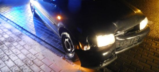 PODKARPACIE: Drzemka na środku drogi w samochodzie. Kierujący miał prawie 4 promile alkoholu!