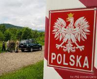 BIESZCZADY: 8 osób zatrzymanych na granicy (ZDJĘCIA)
