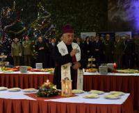 Przedstawiciele służb mundurowych województwa podkarpackiego spotkali się przy wigilijnym stole (ZDJĘCIA)