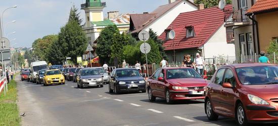 UWAGA KIEROWCY: Zamknięta ulica Lipińskiego w Sanoku. Dworcowa i Kolejowa dwukierunkowe