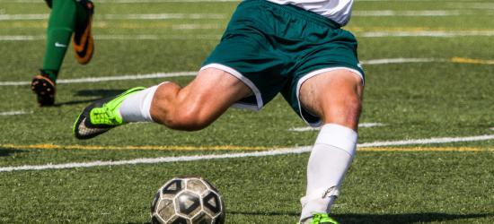 AKTUALIZACJA: Rozgrywki piłkarskie na finiszu. Kto awansuje, a kto spadnie?