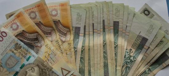 Ukradła portfel z 4 tysiącami złotych. Grozi jej nawet 5 lat więzienia