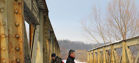 Ogłoszenie przetargu: przedmiotem przetargu są nieruchomości w miejscowości Zagórz