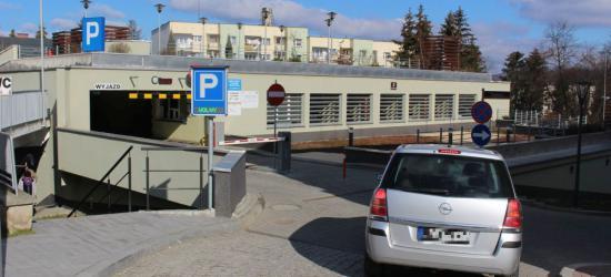 Nowy parking w centrum Sanoka prawie gotowy. Otwarcie w czwartek? (ZDJĘCIA)