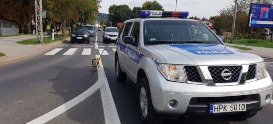 SANOK: Motorower wjechał w dwie osobówki. Kierowca w szpitalu (ZDJĘCIA)