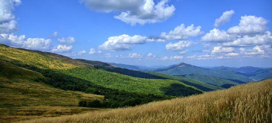 BIESZCZADY: Wybierasz się w góry? Szlaki otwarte