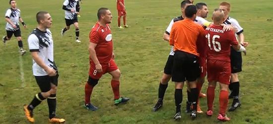 GMINA ZAGÓRZ: Czerwona kartka i bramka z wolnego. Twardy bój w Czaszynie (SKRÓT VIDEO)