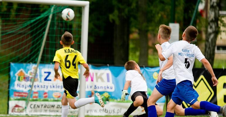 PIŁKA NOŻNA: Rocznik 2007 w akcji! Fotorelacja z turnieju Errea Sanok Cup'18 (ZDJĘCIA)