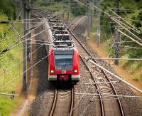 Pociągiem z Zagórza do Rzeszowa o wiele krócej? Nowa łącznica lekiem na kolejowe połączenia