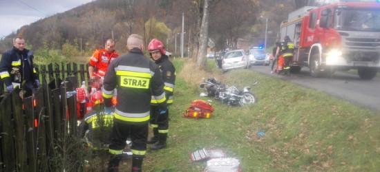 AKTUALIZACJA: Wypadek w Mrzygłodzie. Motocyklista śmigłowcem LPR przetransportowany do szpitala (FOTO)