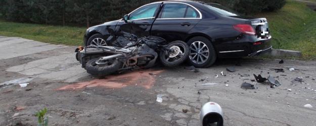 AKTUALIZACJA: Śmiertelny wypadek motocyklisty na ul. Okulickiego w Sanoku (ZDJĘCIA)
