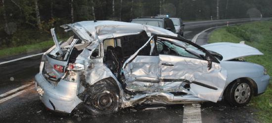 Trzy dni, 17 wypadków i aż 6 ofiar śmiertelnych (ZDJĘCIA)