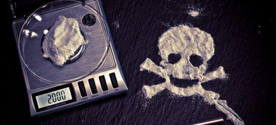 Narkotyki i dopalacze zabijają. Szkoda Ciebie na takie patoklimaty