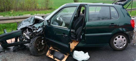 Tragedia na drodze. W wypadku zginął kierowca volkswagena (FOTO)