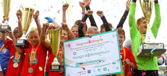 NIEDZIELA: Święto młodzieżowej piłki nożnej w Sanoku. Finał miejski – Deichmann Minimistrzostwa (ZDJĘCIA)
