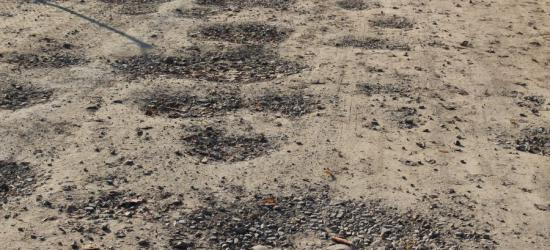 INTERWENCJA: 10 metrów drogi i… 32 dziury! (ZDJĘCIA)