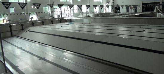 Fetor, zniszczenia i wielkie straty. Wnętrze sanockich basenów po zalaniu (VIDEO)