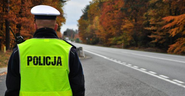 Jesienne warunki na drogach. Policja apeluje o ostrożność!