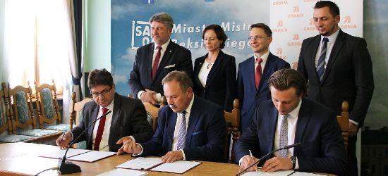 SANOK: Podpisanie umowy na remont Krakowskiej i Rymanowskiej (VIDEO)