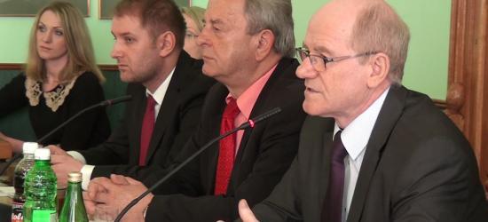 Interwencje, pomysły i pytania radnych zgłoszone na sesji w wolnych wnioskach (FILM)