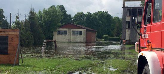 AKTUALIZACJA: 3 stopień ostrzeżeń hydrologicznych. Pogotowie przeciwpowodziowe dla 13 powiatów (FILM, FOTO)