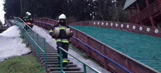Młodzi strażacy w akcji! Ćwiczenia na skoczniach (ZDJĘCIA)