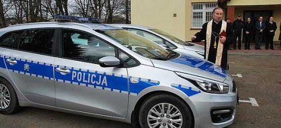 Pomogły samorządy. Dwa nowe radiowozy dla sanockiej Policji (ZDJĘCIA)