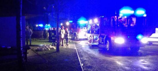 BIESZCZADY: Płonący domek rekreacyjny!  Interweniowali strażacy (FOTO)