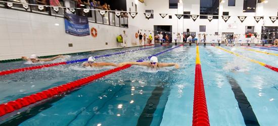 SANOK: Pierwsze zawody pływackie w nowym obiekcie (FOTO)