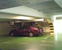 PARKOWANIE PO SANOCKU: Galeria ulubionym miejscem kierowców. Parking też daje wiele możliwości (ZDJĘCIA)