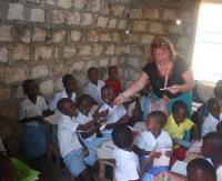 PWSZ Sanok rozwija współpracę z kenijską szkołą. Dzieci z Malindi uczą się polskiego (ZDJĘCIA)