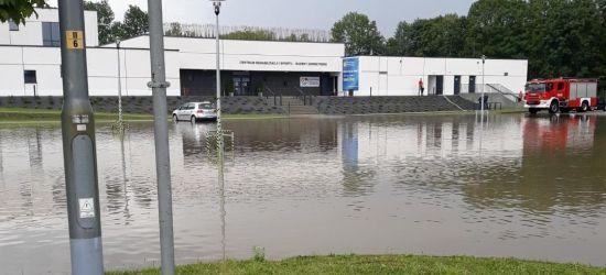 Ewakuacja na basenie w Sanoku! Obiekt wewnętrzny zalany (VIDEO, ZDJĘCIA)