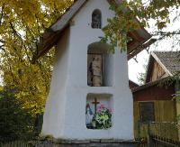 MIĘDZYBRODZIE: Majówka przy zabytkowej kapliczce