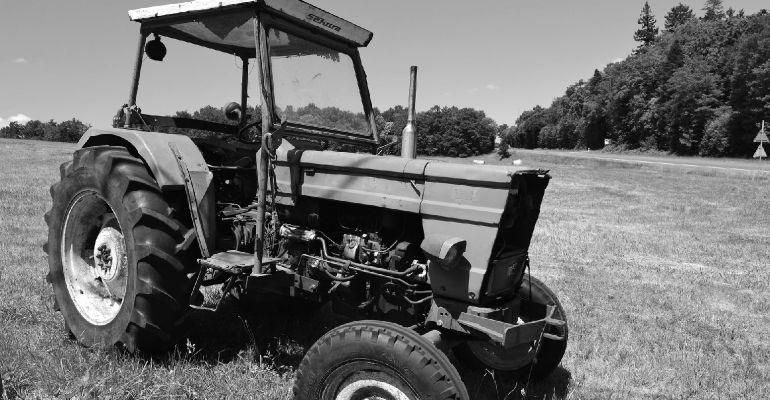 PODKARPACIE. Traktor przygniótł mężczyznę. 59-latek nie żyje