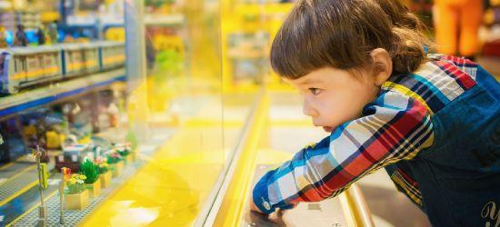 PODKARPACIE. 6-latek sam wyszedł z domu i pobiegł boso do sklepu z zabawkami