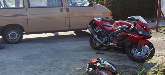 Zdarzenie drogowe w Bykowcach. Motocyklista w szpitalu (ZDJĘCIA)