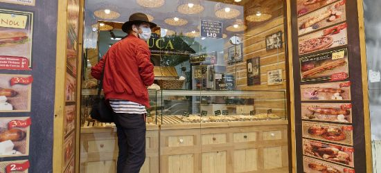 Nowe obostrzenia. Sanepid skontroluje restauracje, bary i galerie