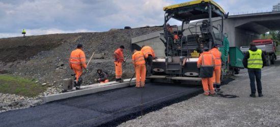 OBWODNICA SANOKA: Rosną asfaltowe dywaniki! (FOTO)