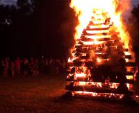 Nad Sanem zapłonęła Watra karpacka. Dzięki takim imprezom kultura Karpat nie zginie (FILM, ZDJĘCIA)